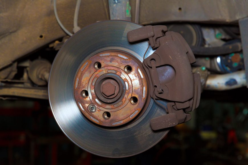 Signs That Show It's Time to Change Your Car's Brakes