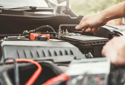 Signs That Say You Need to Replace Your Car Battery